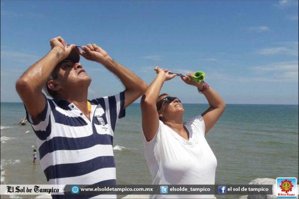 Así se vive el eclipse en la zona sur de Tamaulipas