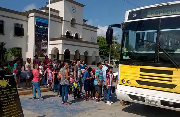 Éxito en visitas guiadas de niños al museo Chak Pet