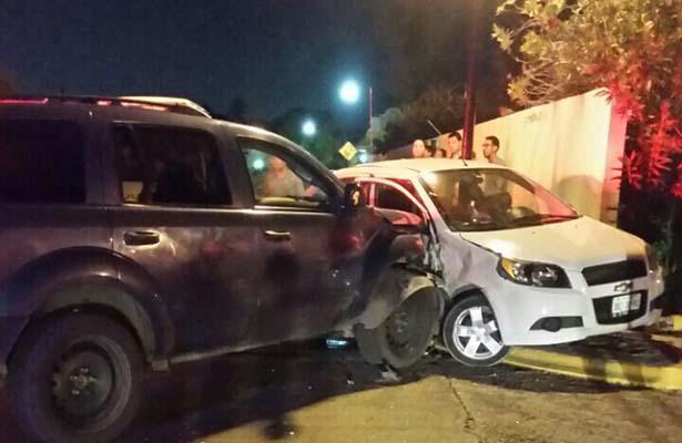 Falta de precaución provoca accidente vial
