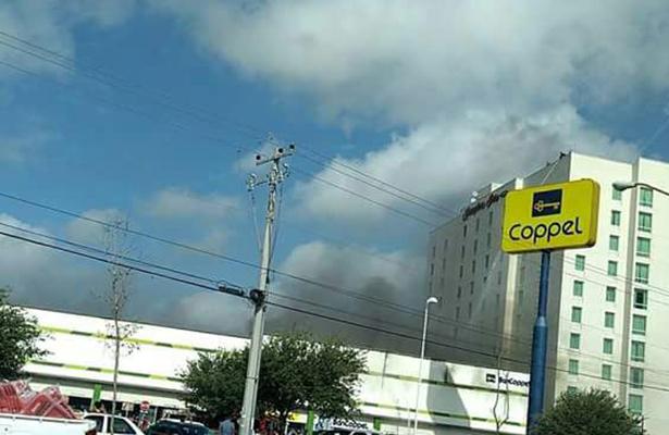 Misterioso incendio en Coppel