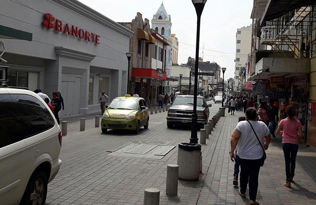 Dirección de Tránsito multará a quienes se estacionen en calles peatonales del centro