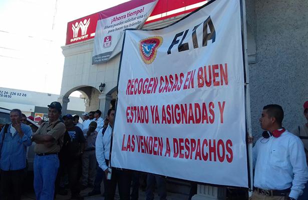 Trabajadores de Altamira se manifiestan en contra del Infonavit