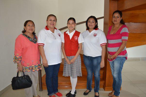 Destaca en la Olimpiada del Conocimiento Melanie Dannae Gómez de León