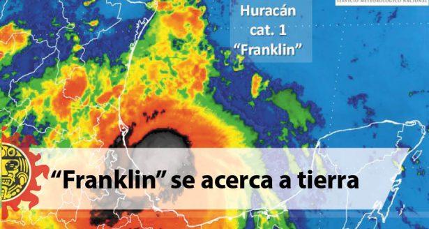 """Franklin"" se acerca a tierra"