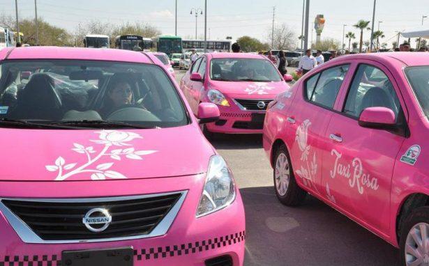 """Ofrecen a Mujeres Sumarse al Programa """"Taxis Rosas"""""""