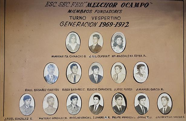 En 1969 se abrió el turno vespertino; aquí los integrantes de aquella primera generación.