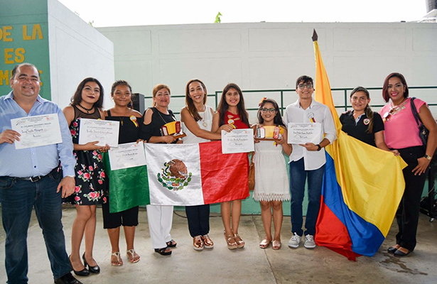 Obtienen primer lugar en certamen internacional de estudiantes de la zona