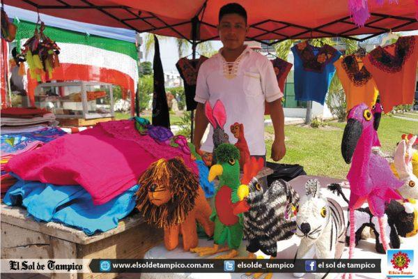 Llega de su devastado Chiapas a vender a Ciudad Madero
