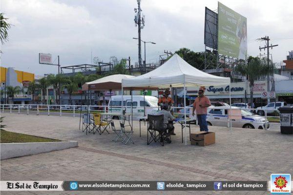 Club Jaibos instala centro de acopio de herramientas y medicamento
