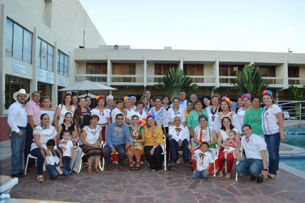 Divertida Fiesta Prenupcial en Honor de Dulce Uriarte y Juan Francisco Aladro