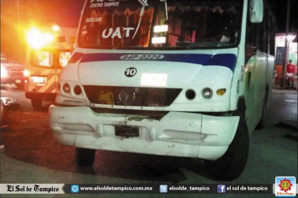 Continúa sin ser identificado chofer de autobús que arrolló a mujer en la Colonia Arenal