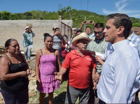 Contabilizados 300 mil damnificados en Oaxaca y Chiapas por sismo: EPN