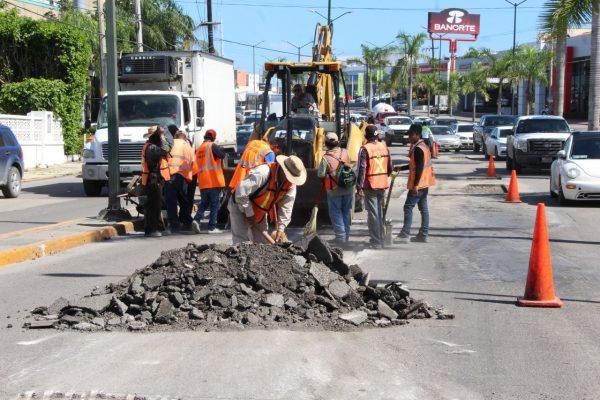 Reparación de la Avenida Hidalgo: hasta donde alcance el recurso actual