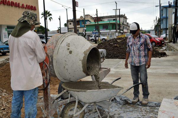 En el desempleo más de cinco mil obreros de la construcción