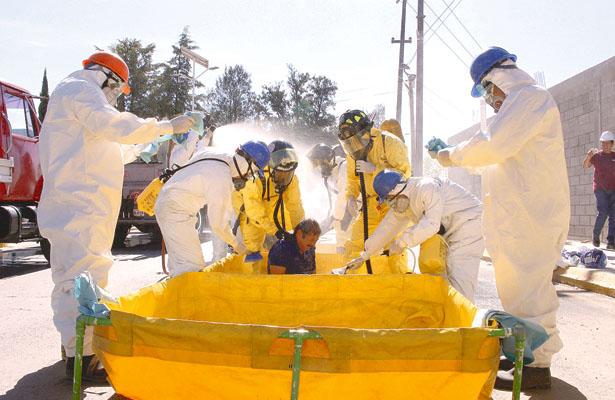 """""""Tomen precauciones""""; Simulacro de emergencia química"""