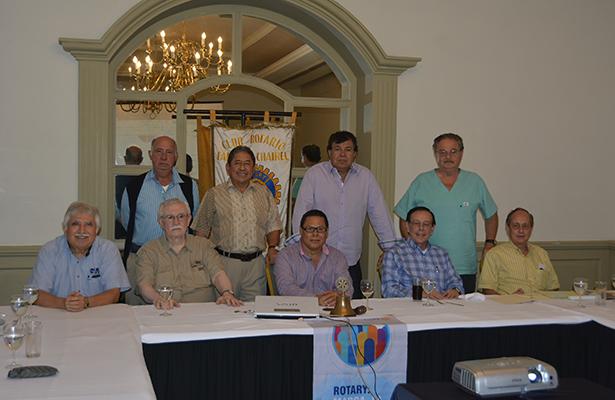 Rotarios Chairel tienen interesante junta de trabajo
