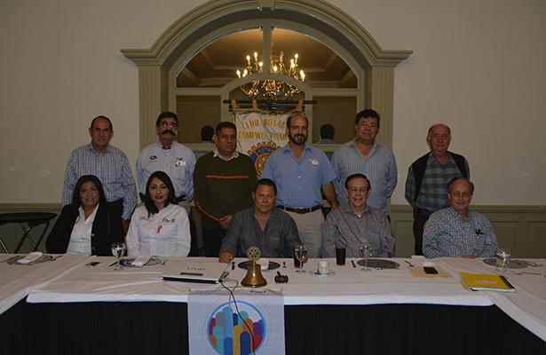 Rotarios Tampico Chairel sostienen interesante sesión de trabajo