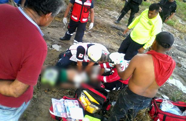 Niño muere ahogado al jugar en una poza de agua a un costado del Libramiento Poniente
