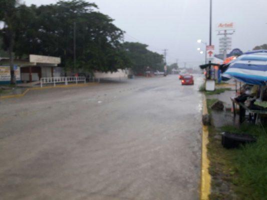 Intensa lluvia se mantiene en la zona sur de Tamaulipas