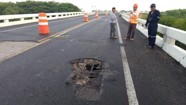 Un desprendimiento de concreto más en el Puente Chairel II