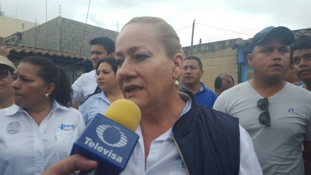 Alcaldesa de Altamira recorre colonias afectadas por las lluvias