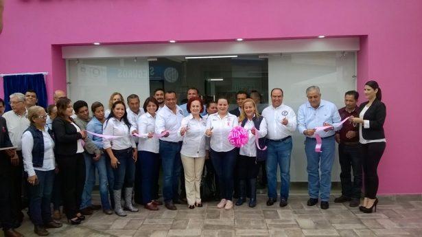 Autoridades municipales y del Congreso del Estado reinauguran la clínica del DIF en Altamira