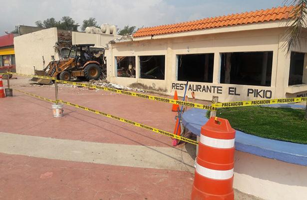 Comienza demolición de El Pikio