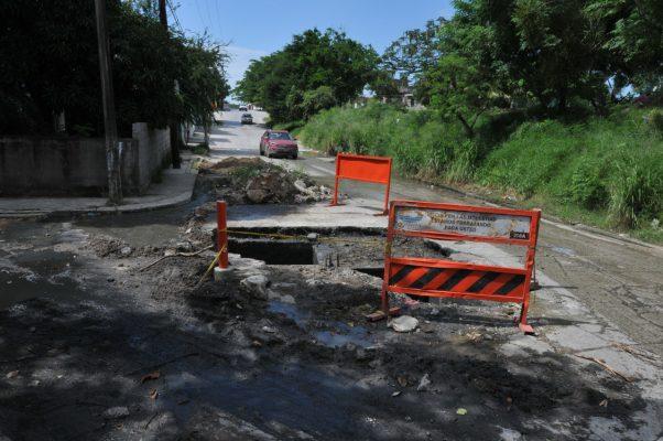 Trabajos inconclusos de la Comapa son un peligro
