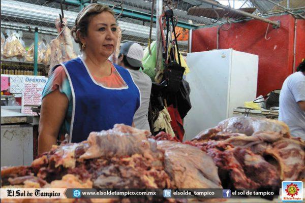 El precio de la carne es de 150 pesos, con una baja en la demanda