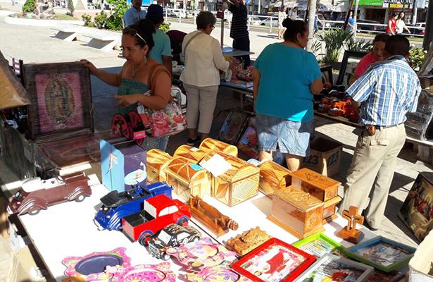 Artesanías elaboradas por internos del CEDES Altamira en venta