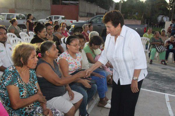 Festejan el 43 aniversario de la colonia Enrique Cárdenas González