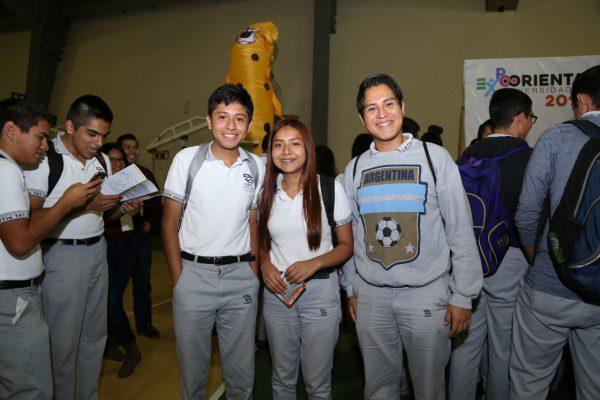 Ayuntamiento de Madero apoya a jóvenes con ofertas académicas