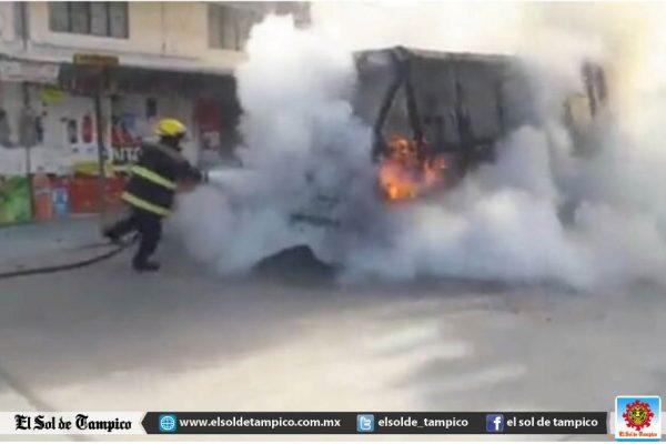 Pasajeros a punto de morir quemados se incendió el micro en el que viajaban