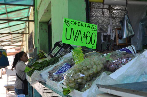Fiestas de Fin de Año duplicarán precio de las uvas