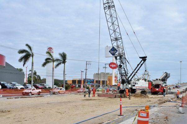 Inician trabajos de excavación en la Calzada San Pedro