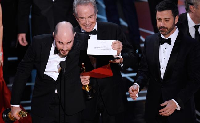 Inician investigación por el fiasco en entrega del Oscar