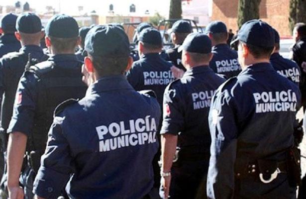 Liberan a 5 policías secuestrados en Aquila, Michoacán
