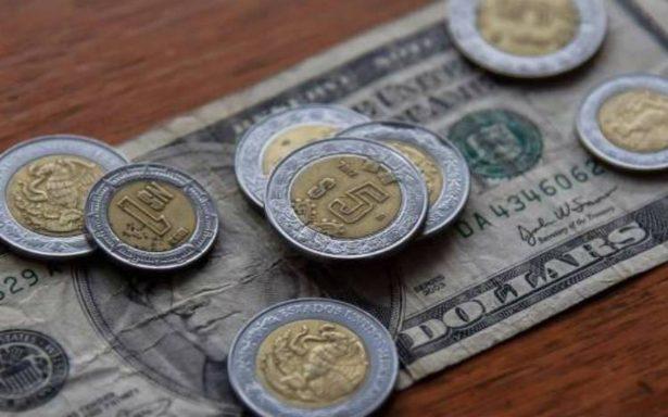 Dolar se vende hasta en 19.02 pesos en bancos de la CDMX