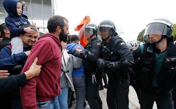 El mundo reacciona en contra de represión por referéndum en Cataluña