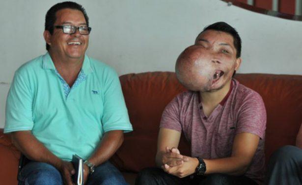 Una esperanza para Adrián: médicos de la CDMX tratarán su tumor