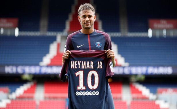 PSG limita a una camiseta de Neymar por persona