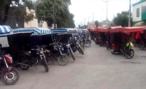 Bici y mototaxis se unen contra operativos en Edomex