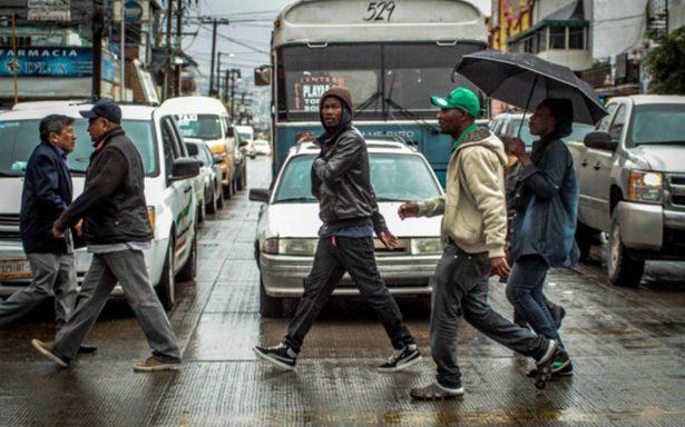 Ofrecen coyotes a haitianos cruzarlos a EU