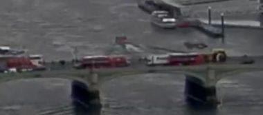 Video: Mujer cae al Río Támesis tras ataque en Londres