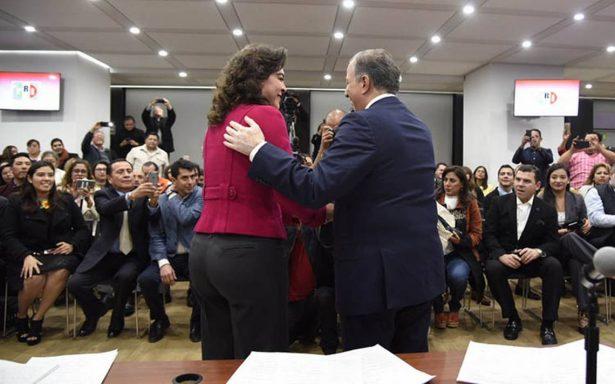 Ivonne Ortega desiste de aspirar a la presidencia y apoya a Meade