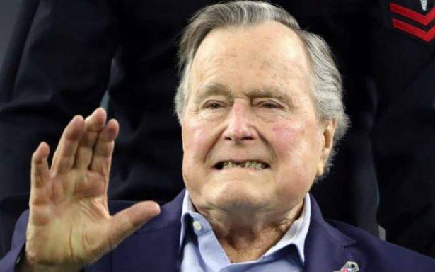 Otra mujer acusa a George H. W. Bush de tocamientos inapropiados en ¡evento de la CIA!