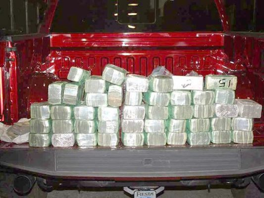 Asegura policía de El Centro, California 1 millón de dólares