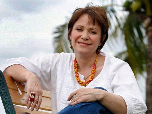 Adriana Barraza considera que las narcoseries ya van en declive