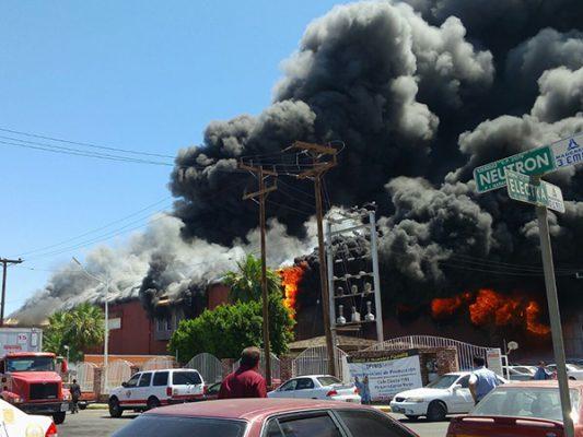 """Arde fábrica en el """"Maran"""""""