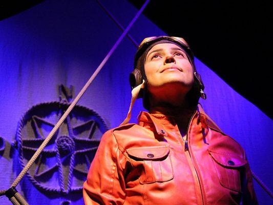 Regresa a Teatro Las Tablas Aeropuertático, un monólogo sobre alas